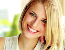Benefits of Laser Teeth Whitening Services